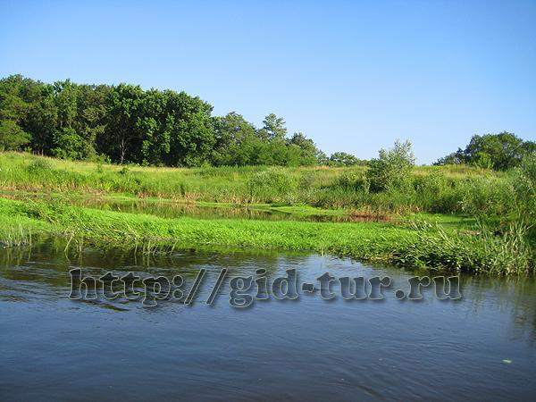 сплав по реке на катамаранах. советы туристам. что взять с собой в поход. красивые картинки природа река