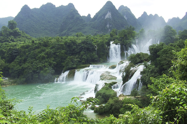 Вьетнам/Китай, водопад Детьян